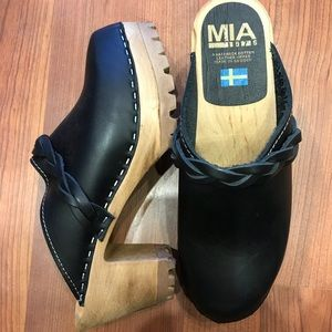 Original Swedish 'Elsa' Clogs by Mia in Black